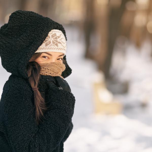 Waarom is mijn huid droog in de winter? Onze tips voor je winterhuid.